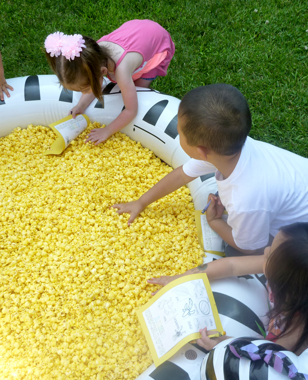 pool-of-popcorn-scavenger-hunt-kids-7