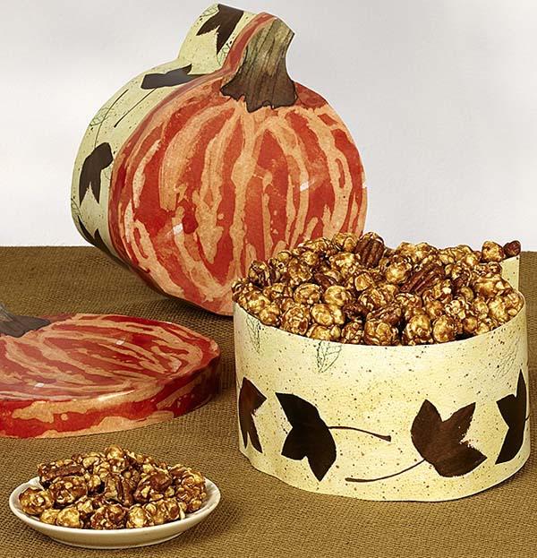 fall-popcorn-flavors-pumpkin-caramel-praline-crunch